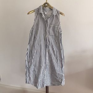 Old Navy sleeveless shirtdress